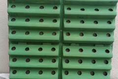 Postavljanje konstrukcije zelenog zida ili popularnog vertikalnog vrta.